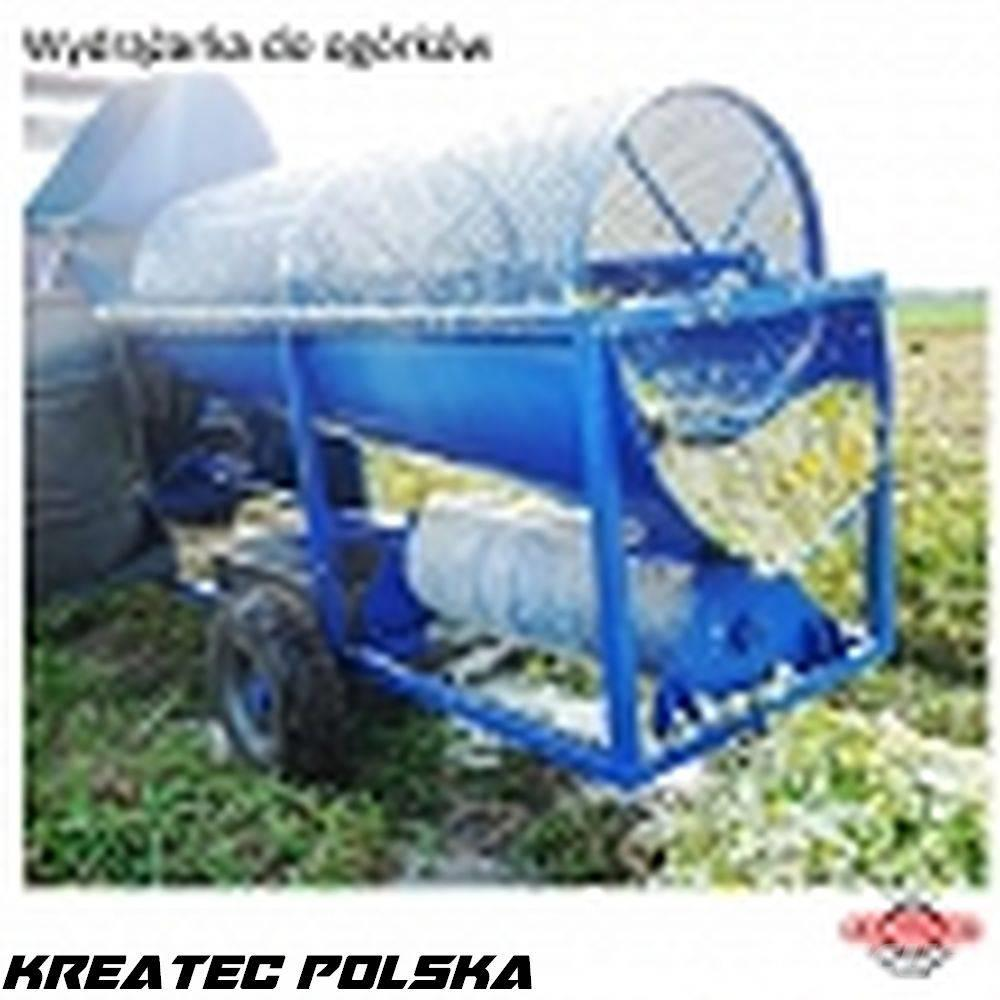 [Other] Kotło-Pol Machine for hollowing seeds from cucumbe