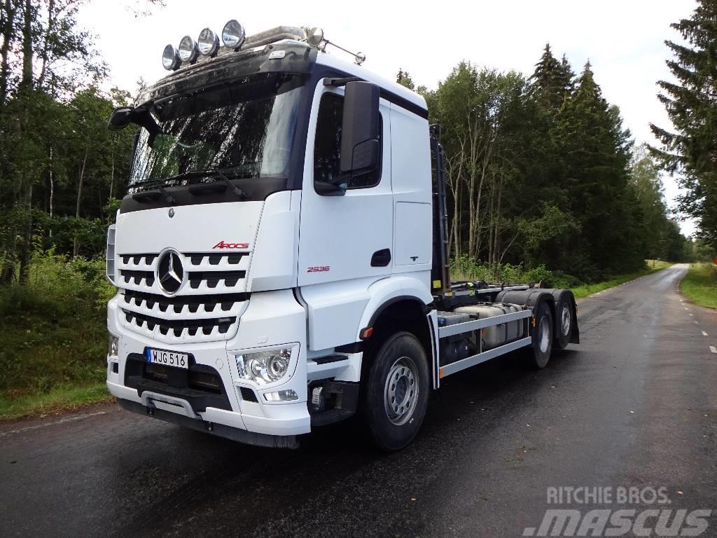 Mercedes-Benz 2014 EURO6 Arocs 2536