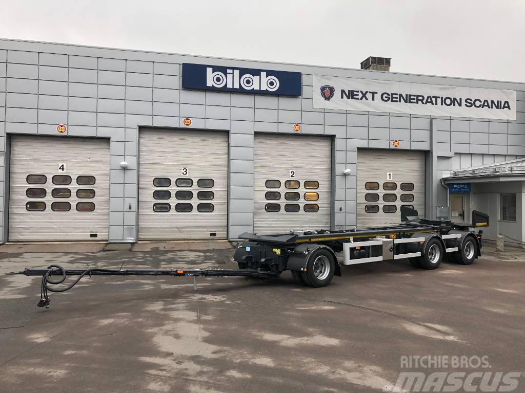 Istrail PKW186 Lastväxlarvagn med tipp och glider