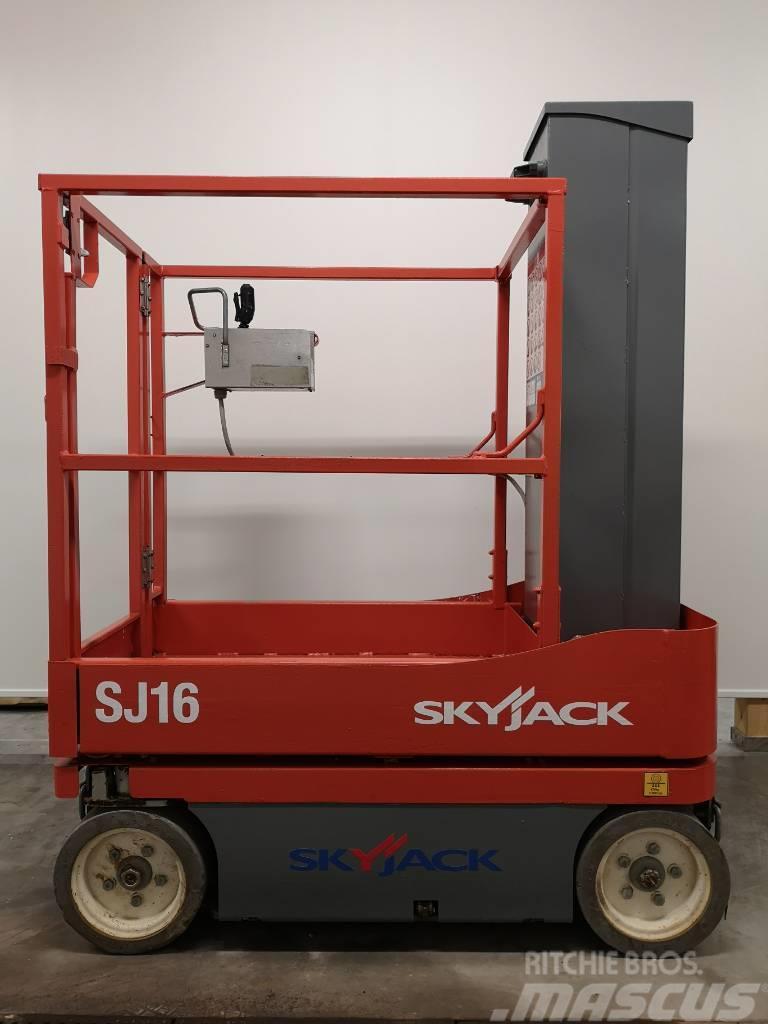 SkyJack SJ 16
