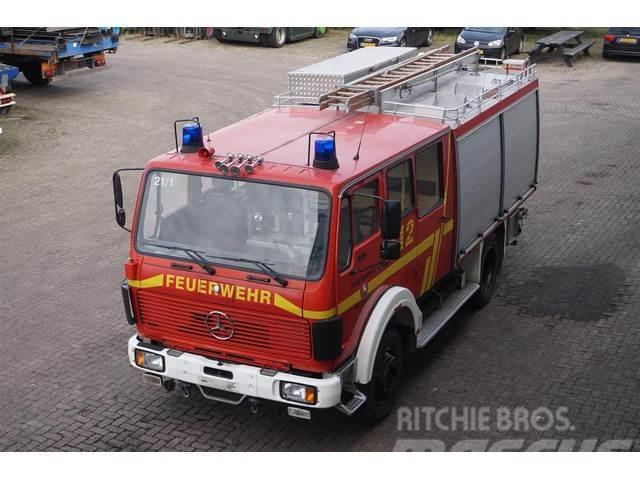 Mercedes-Benz 1019 AF TLF 16/25 4X4 Fire Truck / 2600 Liter Tank