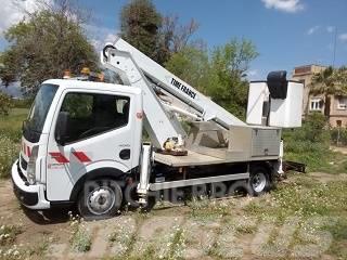 Renault Maxity Camión cesta 16,5 mts