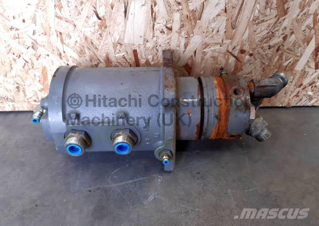 Hitachi ZX470-5 Centre Joint