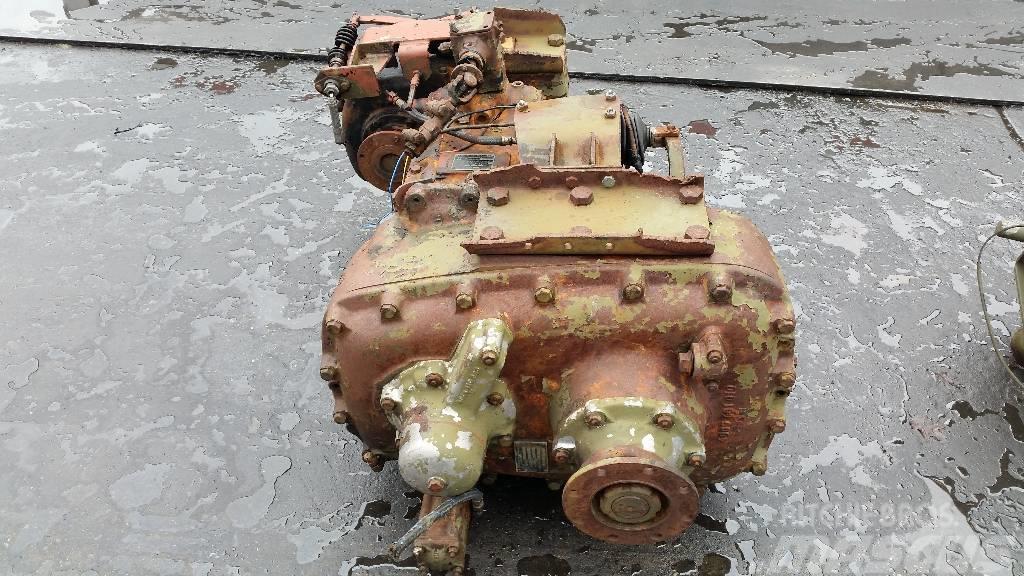 ZF AKG-55 / VG800-2, Växellådor