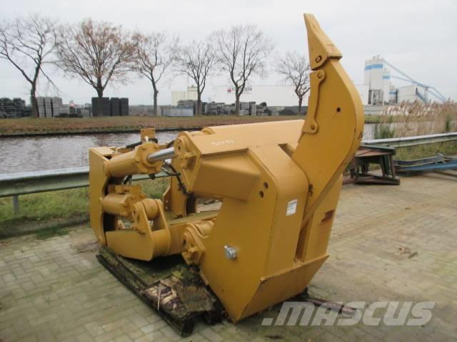 [Other] Dozer Ripper Single Shank - Cat D8 R