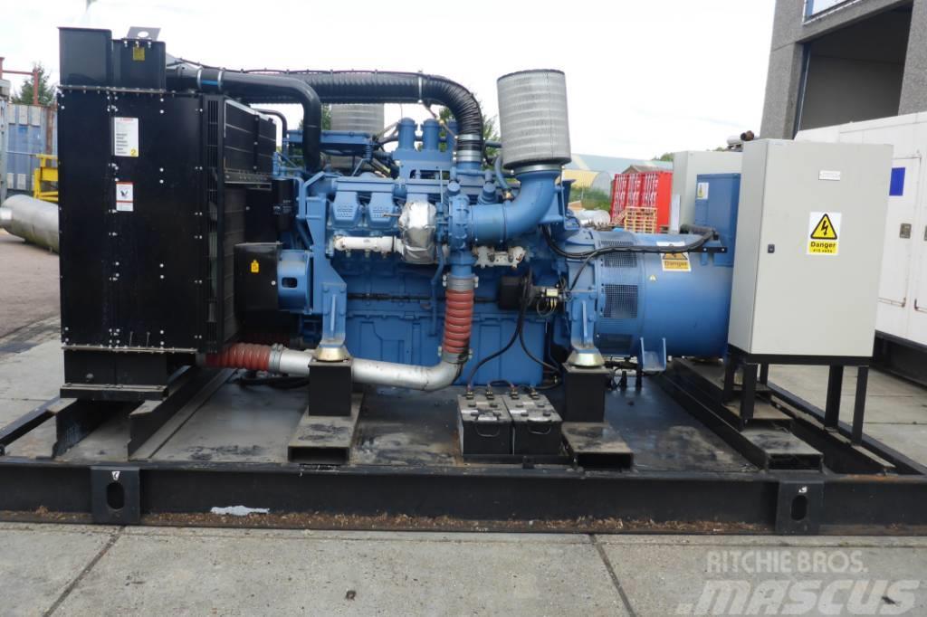 MTU 12V2000 - 550 KVA - SNS1180