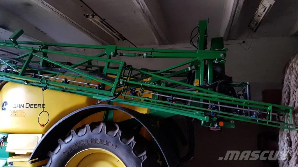 John Deere M 740 i