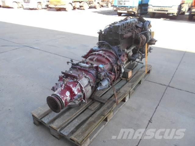 Renault Premium 400 with gearbox (pompe manuelle)