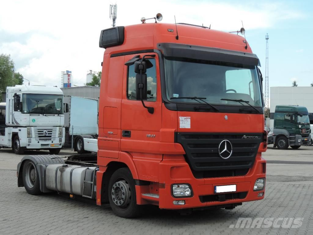 Used mercedes benz 1841 actros low deck 4444 tractor for Mercedes benz actros usa