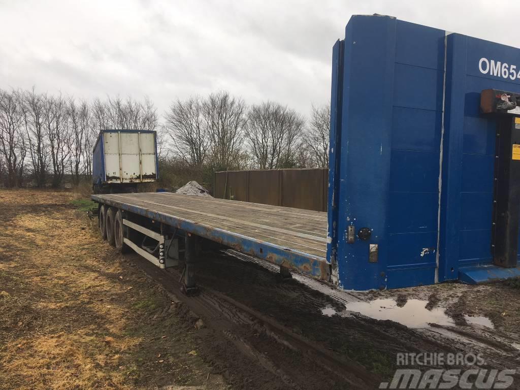 Kel-Berg 1380 trailer