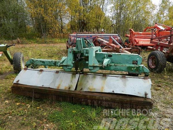 [Other] Frontālā pļaujmašīna