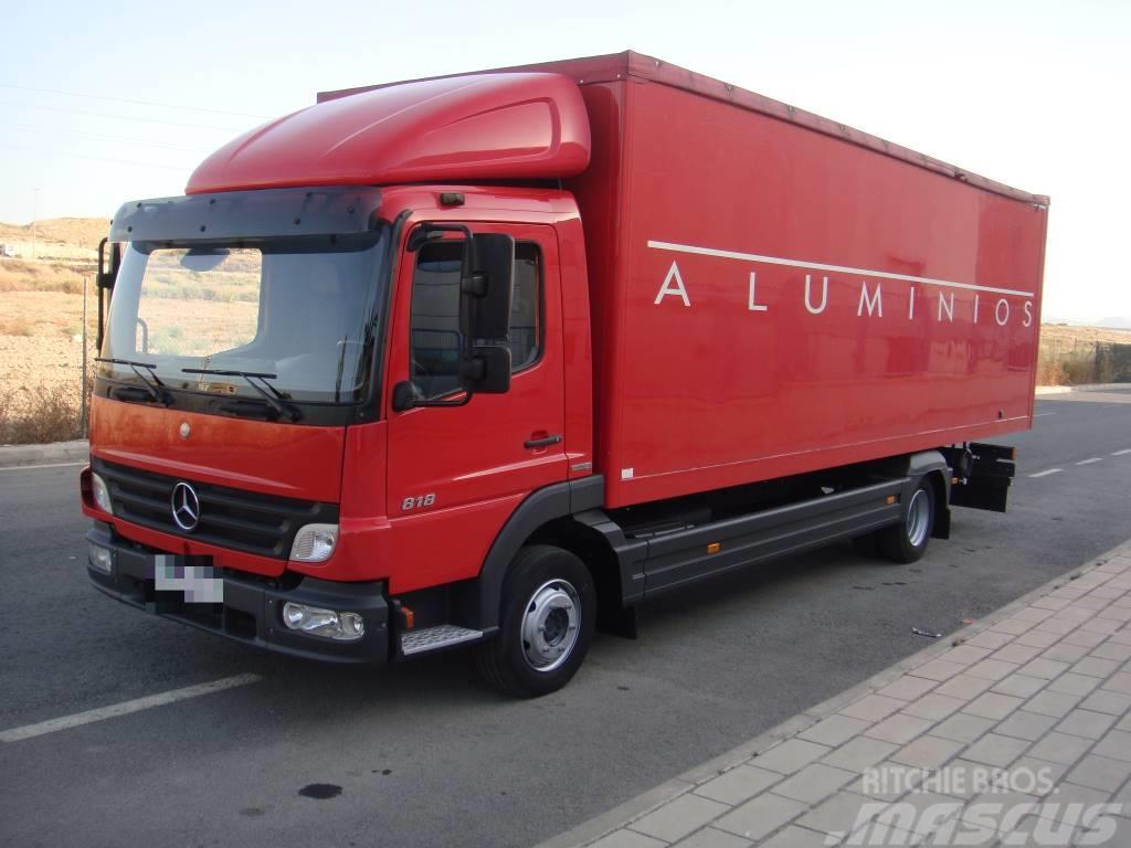 Used mercedes benz atego 818 cerrado box trucks year 2007 for Mercedes benz atego