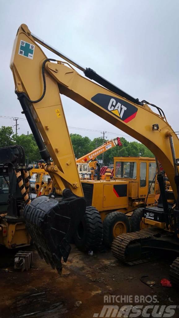 Caterpillar 320 D2