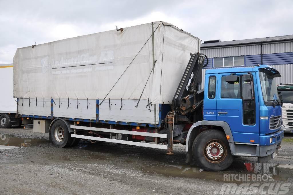 Volvo FL618 4X2 Kran/kapell