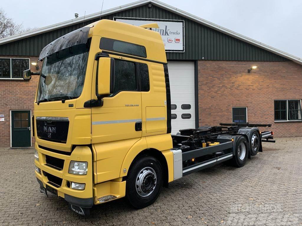 MAN TGX 26.440 6x2 EEV XXL Manual BDF German truck