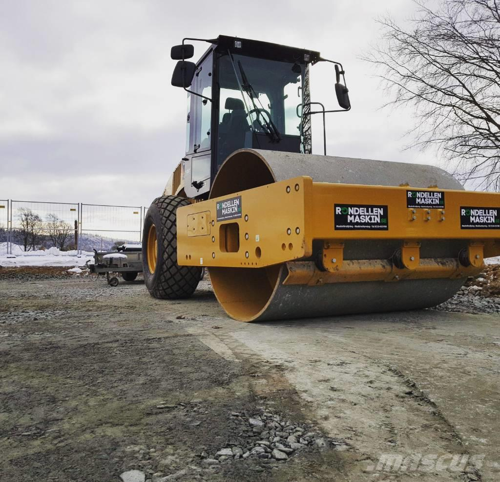 Caterpillar CS 66 B Uthyres