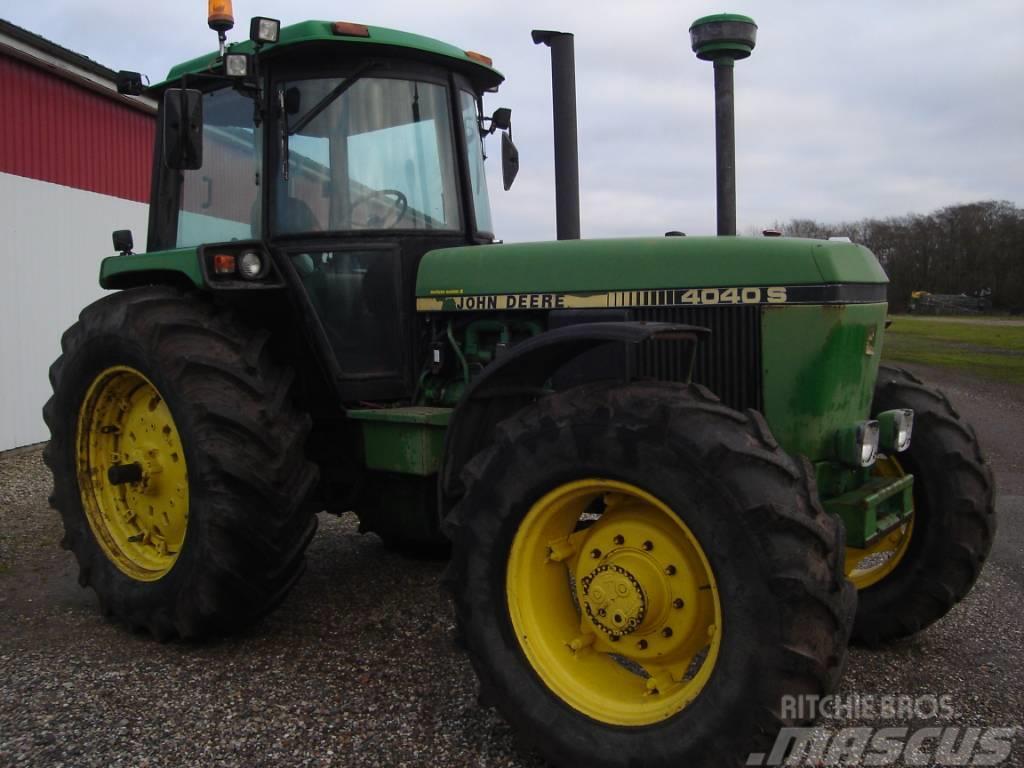 John Deere 4040 S