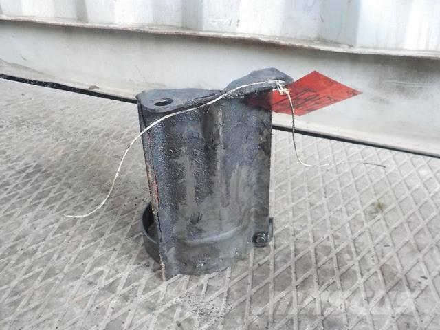Volvo FH Steering oil reservoir bracket 20495075 1075598