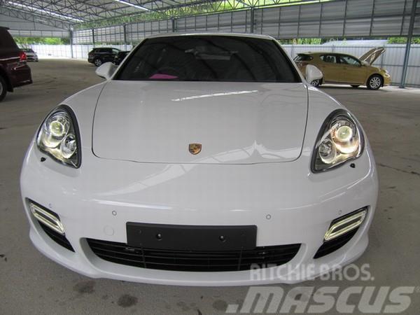 [Other] New Porsche Panamera Turbo - 2011