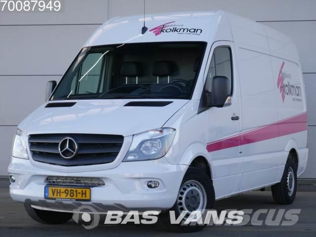 mercedes benz sprinter 216 cdi l2h2 11m3 airco trekhaak. Black Bedroom Furniture Sets. Home Design Ideas