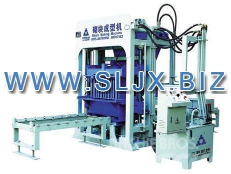 SanLian QT6-15 Block Making Machine