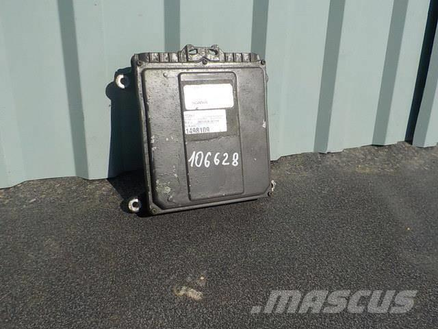 Scania 4 series Engine control unit 1442220 0281001957 14
