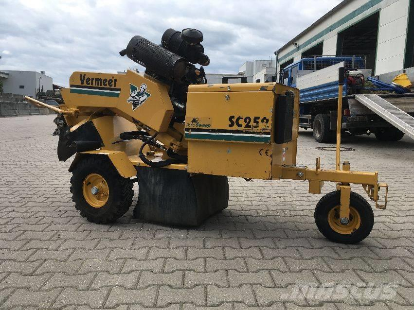 Vermeer Stump Grinder For Sale >> Used Vermeer Sc252 Stump Grinders Year 2002 Price Us 8 690 For