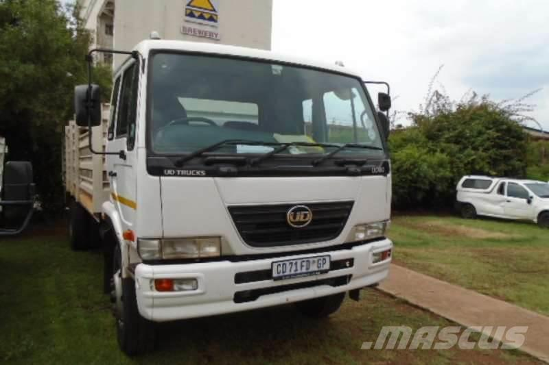 Nissan UD80 With Cattle Body