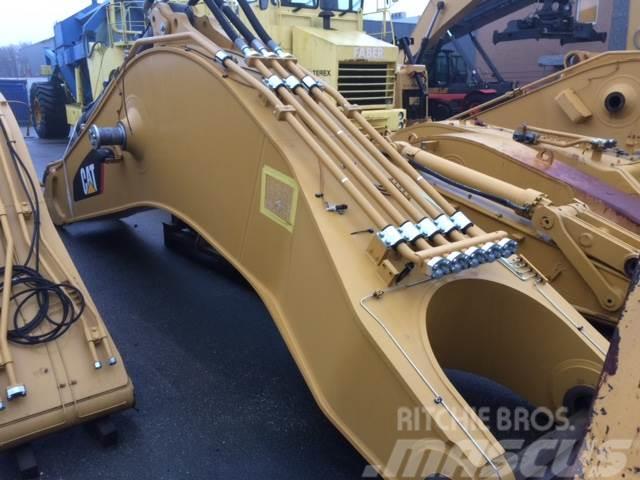 Caterpillar Cat 390 standard boom
