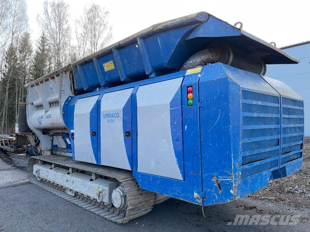 Lindner Urraco 95DK Blue Bull