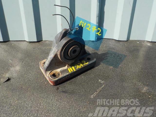Iveco Stralis Cabin bracket (upper stabiliser) right 500