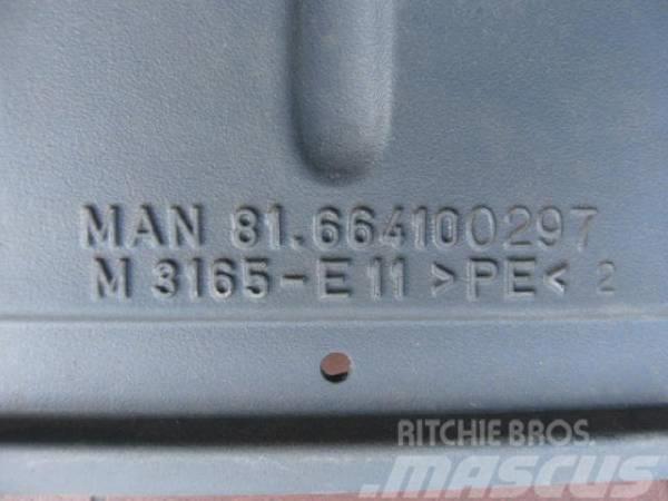 MAN Kotflügel hinten 81.66410.0297, 2005, Övriga