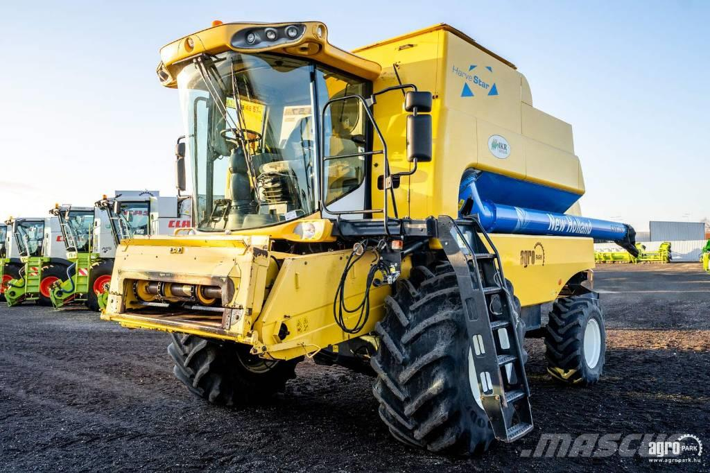 New Holland CSX7080 (3500/5019 hours) 6 straw walkers, 6,1 m
