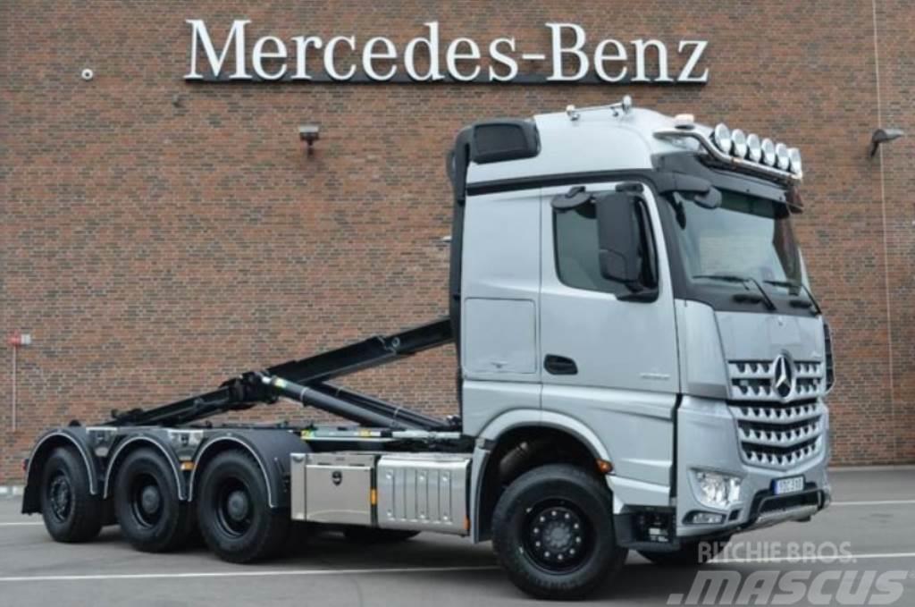 Mercedes-Benz Arocs 3263