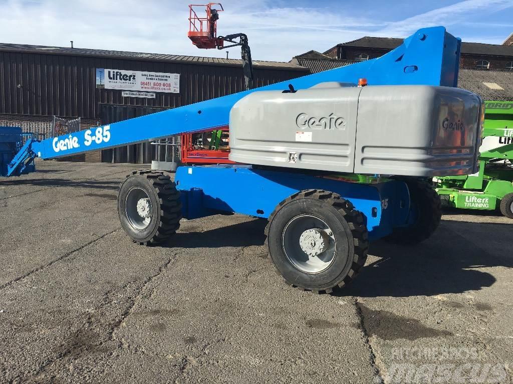 Genie S85 4x4