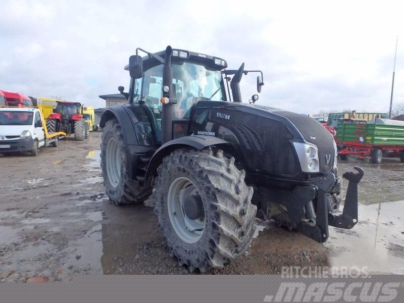 Valtra AGRICULTURAL TRACTOR T153V