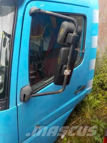 Mercedes-Benz Atego MPI Door left 9737201705