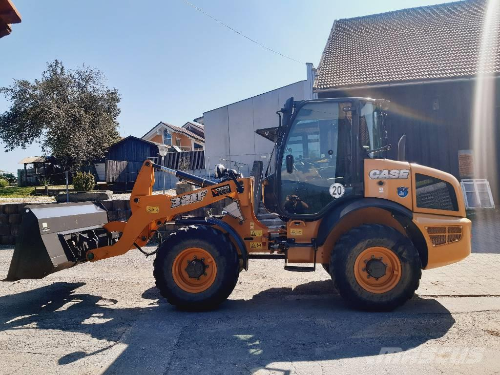 CASE 321 F - 6,5t - New Holland