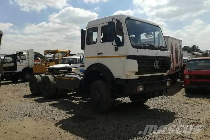 [Other] AMC Powerstar 2642 Truck Tractor 6x4 with Hydrauli