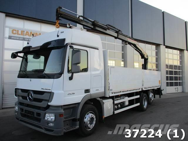 Mercedes-Benz Actros 2536 6x2 Euro 5 Hiab 12 ton/meter Kran