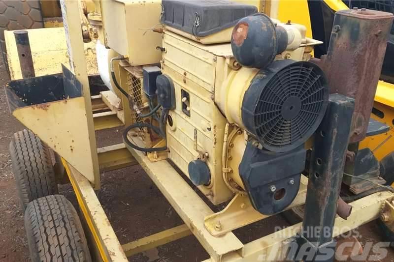 Varisco Mobile 6 inch Water Pump with Hatz Engine