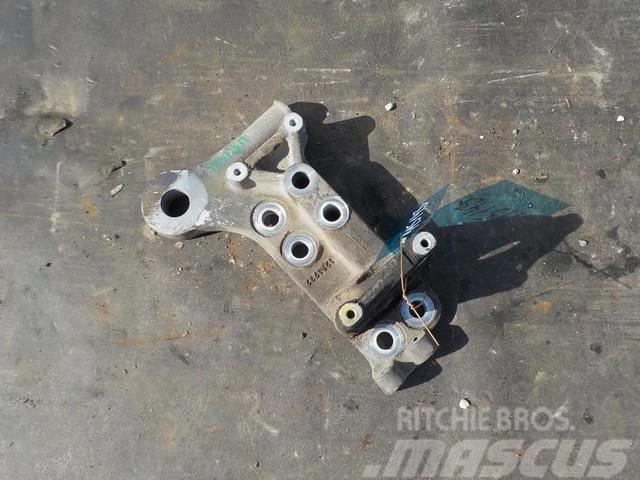 DAF XF 95 Shock absorber cab bracket 1619000 D707267 7