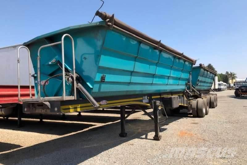 Sa Truck Bodies 45m³ Interlink Side Tipper Trailer New SPEC