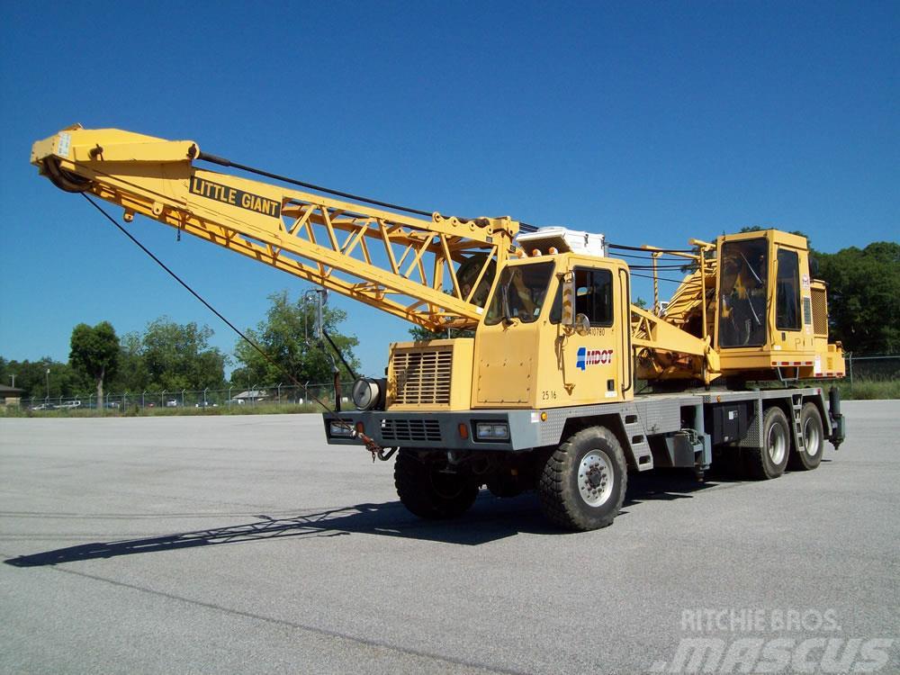 JLG 1044C-54 II