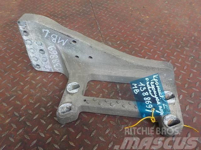 Mercedes-Benz Actros MPIII Step body bracket left 9436662531