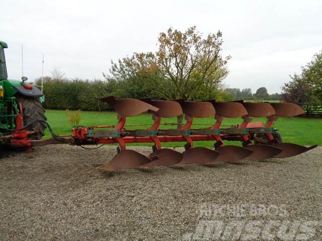 Kverneland pb8 6 furrow semi mounted plough