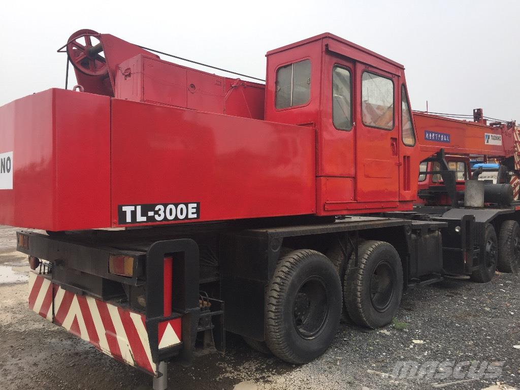 Tadano TL300E