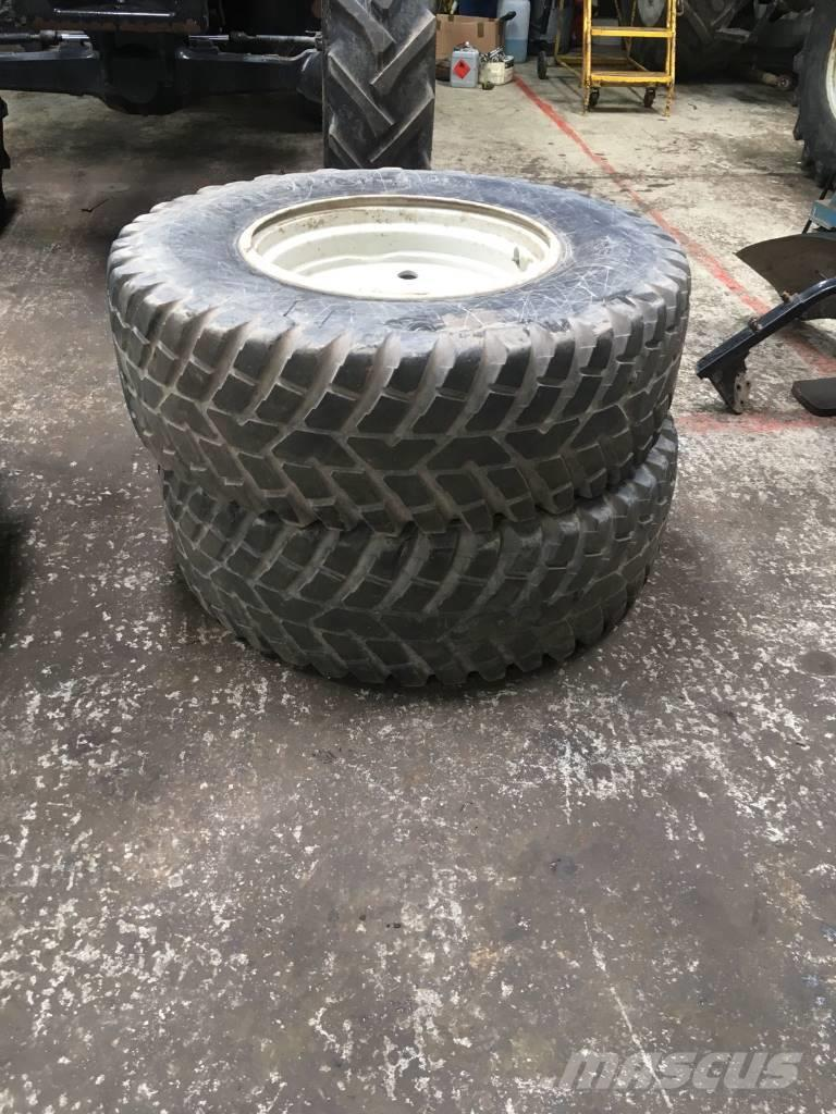 Valtra Wheels and Turf Tyres