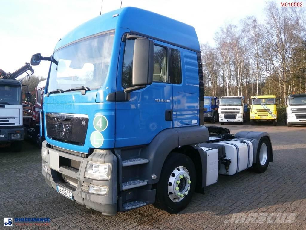 MAN TGS 18.440 4x2 manual + ADR