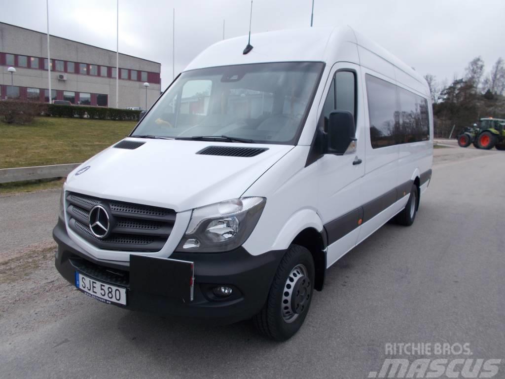 Mercedes-Benz Sprinter 19 pass/ lift -18